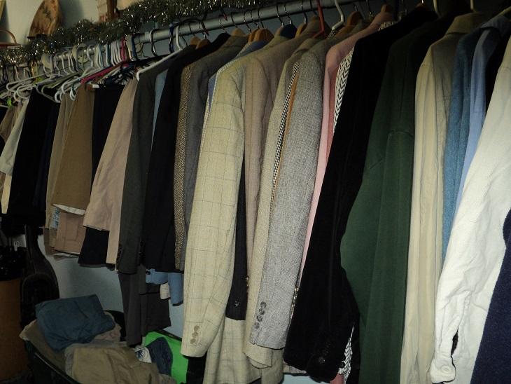 clothingroom-suits