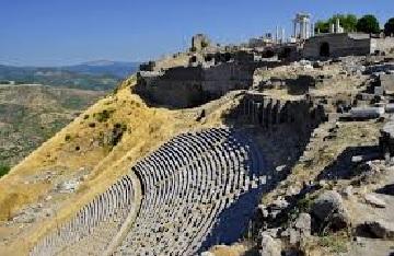 John-Pergamum amphitheater